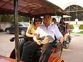 金色吳哥之旅2007.2.16:柬埔寨..坐嘟嘟車逛街去...