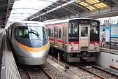 電車照片集:20191006 JR四國 高松站 左_特急しおかぜ 8000系  右_土讚線 7200系
