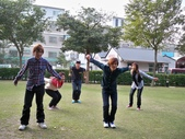 小小班遊    跳躍照片不好拍XDDD:1905069491.jpg
