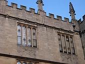 英倫之旅 五:牆壁上的鬼臉建築