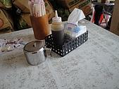 台南.好吃的小吃店:1.調味料.JPG
