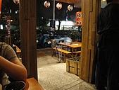 台南.小方舟串燒酒場:5.由內往外看的景色.JPG