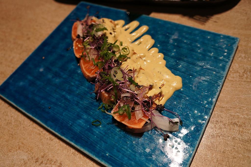台中.老乾杯:3. 煙燻鮭魚.JPG