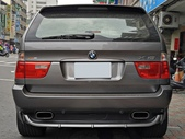 BMW vs M POWER:BMW X5 4.8IS
