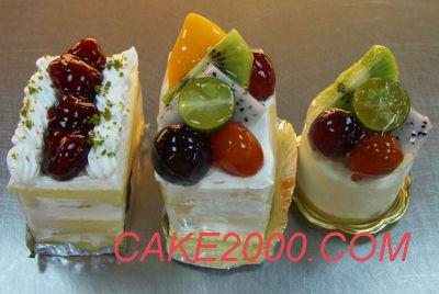 哈尼販售的蛋糕:切片水果蛋糕