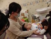 103/3/7,2歲2個多月,幼幼弟弟第一次看牙醫:P_20140307_192554.jpg