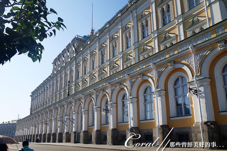 2018印象翻轉的俄羅斯奇幻之旅(2-5)--陰與陽、柔與剛交錯下的莫斯科之心「克里姆林宮」:35●又大又氣派的大克里姆林宮是舉行外交儀式、總統就職典禮的場地.JPG