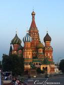 2018印象翻轉的俄羅斯奇幻之旅(3-7)--宛如嘉年華會的莫斯科國際軍樂節 Moscow inte:05●也看遠觀聖巴索大教堂前;曾於17世紀抵禦波蘭入侵的密寧及波查爾斯基大公紀念雕像.JPG