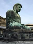 2017關東10日樂得自在:●被指定為國寶的鎌倉大佛,無論是帶點陀背的坐姿、面相、製作工法,據說也完全保留了造像當初的風貌.JPG