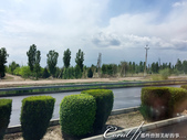 2019Amazing!穿越古絲路上的中亞五國之旅(10-1)--土庫曼斯坦之100%陌生國度探秘:02●當巴士開上了公路,才乎然發現在這之前似乎下了場雨。不過中亞地區的雨勢不大,再加上忽然來下一秒又停,因此