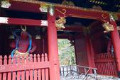 紅葉飄飄15日東京自由行--大猷院:●一左一右;阿形與哞形金剛力士像坐鎮的仁王門01.JPG
