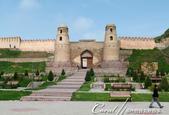2019Amazing!穿越古絲路上的中亞五國之旅(7-2)--塔吉克斯坦之歷史文化遺產希薩碉堡:01●希薩碉堡的標誌性建築──令人印象深刻的入口拱門與兩側圓形的塔樓 (2).JPG