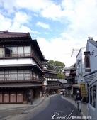●熱熱鬧鬧的成田山參道商店街:●古樸的木造房舍.JPG