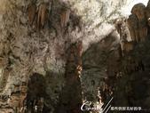 2018不思議之克、斯、義秘境歐遊記(6~2)--帶著想像進入波斯托伊那鐘乳石溶洞 Postojns:19●因為礦物質含量的不同,波斯托伊納的石柱、石筍有白與褐兩種不同的顏色.JPG