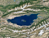 2019Amazing!穿越古絲路上的中亞五國之旅(5-2)--吉爾吉斯斯坦之伊塞克湖:08●從地圖上看來,伊塞克湖位在終年積雪的天山山脈與環抱下,果然像是天山下的藍眼睛.jpg