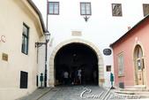 2018不思議之克、斯、義秘境歐遊記(2~1)--克羅埃西亞首都札格雷布Zagreb:29●據說1731年的一場大火將舊城區內的建築幾乎燃燒殆盡,只有這座貼著聖母瑪莉亞畫像的石門絲毫未損,因此至今仍