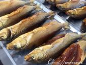 2019Amazing!穿越古絲路上的中亞五國之旅(5-3)--吉爾吉斯斯坦之蒙古包風味餐:10●原來領隊點名推薦的在地風味是煙燻魚,這是一道讓她垂涎難忘的美食.JPG