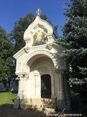 2018印象翻轉的俄羅斯奇幻之旅(5-1)--光明與誨暗層經在此併存的聖艾烏非米夫斯基救世主修道院:32●位在救世主變容大教堂旁的是十七世紀的象徵性人物──德米特里·波扎爾斯基的墳墓.JPG