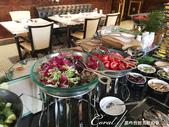 2018印象翻轉的俄羅斯奇幻之旅(2-1)--莫斯科的晨光與自助式早餐初品味:05●五顏六色的生菜沙拉,讓人胃口開.JPG