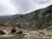 2019Amazing!穿越古絲路上的中亞五國之旅(8-1)--塔吉克斯坦之伊斯坎達爾湖:08●這些五顏六色的峽谷,很值得停下來欣賞.jpg