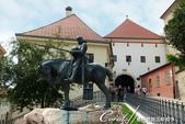 2018不思議之克、斯、義秘境歐遊記(2~1)--克羅埃西亞首都札格雷布Zagreb:27●這座根據中世紀流傳的故事所創作的銅雕,目前所見為複製品,真品被博物館收藏中,只見大家百思不解,這隻龍怎