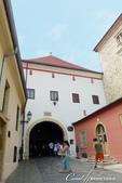 2018不思議之克、斯、義秘境歐遊記(2~1)--克羅埃西亞首都札格雷布Zagreb:28●到了聖喬治屠龍像,就不難找到這座通往上城區的入口,石門(Stone Gate).JPG