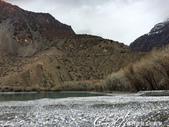 2019Amazing!穿越古絲路上的中亞五國之旅(8-1)--塔吉克斯坦之伊斯坎達爾湖:18●白楊和杜松樹林環繞著整個湖泊.JPG