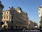 2018印象翻轉的俄羅斯奇幻之旅(4-1)--告別莫斯科的爽朗清晨&搭火車來去金環古鎮做客:10●本應該是上班的顛峰時分,但馬路上少有趕著上班的人潮車潮,異常清爽的街景,很讓人意外.JPG