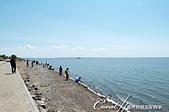 2019夏季內蒙草原風光與貝加爾湖詩意之約(7-2)--扎賚諾爾博物館與傳說中的呼倫湖:16●呼倫湖,古稱達賚湖,意思是海湖。看著它自湖面推來陣陣白波,也不難明白意義為何.JPG