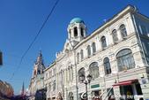 2018印象翻轉的俄羅斯奇幻之旅(2-2)--紅場上的血腥與美麗:07●商店街上尚未營業的景象,如同一般的歐洲大街,這風情令人始料未及.JPG