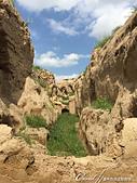 2019Amazing!穿越古絲路上的中亞五國之旅(11-2)--土庫曼斯坦之世界遺產──尼薩遺蹟:16●面對用途無跡可尋的城牆內部規劃,只能憑空想像.JPG