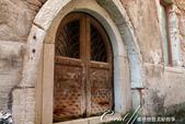 2018不思議之克、斯、義秘境歐遊記(7~1)--從貢多拉Gondola上看水道旁的門扉與窗景:L1080181.JPG