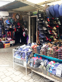 2019Amazing!穿越古絲路上的中亞五國之旅(6-3)--吉爾吉斯斯坦之Osh Bazaar:07●回到路面上,處處新鮮新奇,修鞋匠、賣奶酪的攤車、百貨用品的商店,還有迎面撲來熱騰騰的麵包、饢餅香氣.JPG