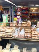 2019Amazing!穿越古絲路上的中亞五國之旅(6-3)--吉爾吉斯斯坦之Osh Bazaar:09●回到路面上,處處新鮮新奇,修鞋匠、賣奶酪的攤車、百貨用品的商店,還有迎面撲來熱騰騰的麵包、饢餅香氣.JPG