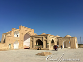 2019Amazing!穿越古絲路上的中亞五國之旅(12-1)--土庫曼斯坦之傳說中的默伏古城:08●前來神學家Yusuf Hamadani陵墓前禱告的穆斯林.JPG