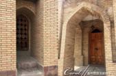 2019Amazing!穿越古絲路上的中亞五國之旅(7-2)--塔吉克斯坦之歷史文化遺產希薩碉堡:11●經過重新修建的驛棧,看得出近代建材的痕跡.png