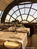 2018印象翻轉的俄羅斯奇幻之旅(3-4)--品味摩登現代感愛麗絲夢遊意境的白兔餐廳:02●玻璃穹頂之外,是鮮明的莫斯科市中心.JPG