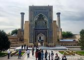 2019Amazing!穿越古絲路上的中亞五國之旅(14-2)--烏茲別克斯坦之三座重要的陵墓:00●古爾·埃米爾建築群 Gur-Emir Mausoleum,曾經是中世紀伊斯蘭建築的典範,在時空的刷洗下,很多部份都已坍塌流失,目