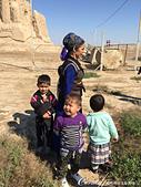2019Amazing!穿越古絲路上的中亞五國之旅(12-1)--土庫曼斯坦之傳說中的默伏古城:29●無論到哪裡,孩子的一顰一笑,永遠是最生動的畫面.JPG