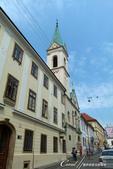 2018不思議之克、斯、義秘境歐遊記(2~1)--克羅埃西亞首都札格雷布Zagreb:35●離開聖馬可教堂的街上也有風情不同的建築物可欣賞.JPG