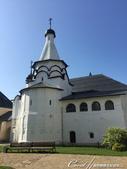2018印象翻轉的俄羅斯奇幻之旅(5-1)--光明與誨暗層經在此併存的聖艾烏非米夫斯基救世主修道院:33●同樣位在救世主變容大教堂旁的是與食堂相連的聖母升天教堂.JPG