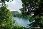 2018不思議之克、斯、義秘境歐遊記(6~4)--閃耀綠寶石光芒的布雷得湖 Lake Bled 與高:24●雖然布雷得湖心小島的高度不過40公尺,但沿著小徑步行往下,一樣拍到很多唯美的畫面,隨便快門一按就是一張明