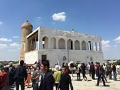 2019Amazing!穿越古絲路上的中亞五國之旅(13-4)--烏茲別克斯坦之布哈拉亞克要塞:24●要塞入口的兩座塔樓背後是一個建於17世紀的音樂亭,在一天之內演出一部系列的音樂作品,民眾則透過不同曲目知