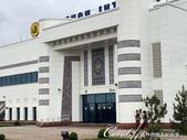 2019Amazing!穿越古絲路上的中亞五國之旅(9-1)--烏茲別克斯坦之希瓦Khiva古城印象:02●機場外壁上的傳統紋樣磁磚,拼貼了我們對於這個國家的第一眼印象.JPG