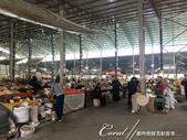2019Amazing!穿越古絲路上的中亞五國之旅(6-3)--吉爾吉斯斯坦之Osh Bazaar:12●Osh Bazaar並非一個專門為遊客服務的市場,而是一個真正提供民生必需品的本地市場,當一群遊客進入市場時,攤商