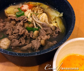 紅葉飄飄15日東京自由行--品味黑毛牛的奢華食光:19●噴香的黑毛牛火鍋上桌.JPG