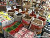 2019Amazing!穿越古絲路上的中亞五國之旅(6-3)--吉爾吉斯斯坦之Osh Bazaar:24●中亞人的飲食大多採用天然食材,比起我們超市裡的加工食品,這一簍簍的穀物種子看起來好健康!.JPG