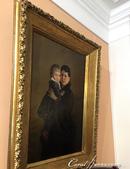 2018印象翻轉的俄羅斯奇幻之旅(3-2)--一窺托爾斯泰故居紀念館之不凡人物的平凡日常:18●牆上掛著女主人抱著小女兒的畫像.JPG