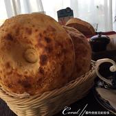 2018印象翻轉的俄羅斯奇幻之旅(3-6)--絕妙的食刻開場!品味烏茲別克異域風味餐:10●微焦的脆餅,是讓人吮指回味的異域佳餚.JPG