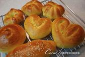 ●收集生活中,隨處可見的心:各異其趣的手作麵包.jpg